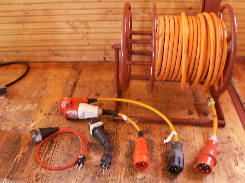 50m Kabel, Stromanschluss Euro C 32 / (kleiner nach Absprache)